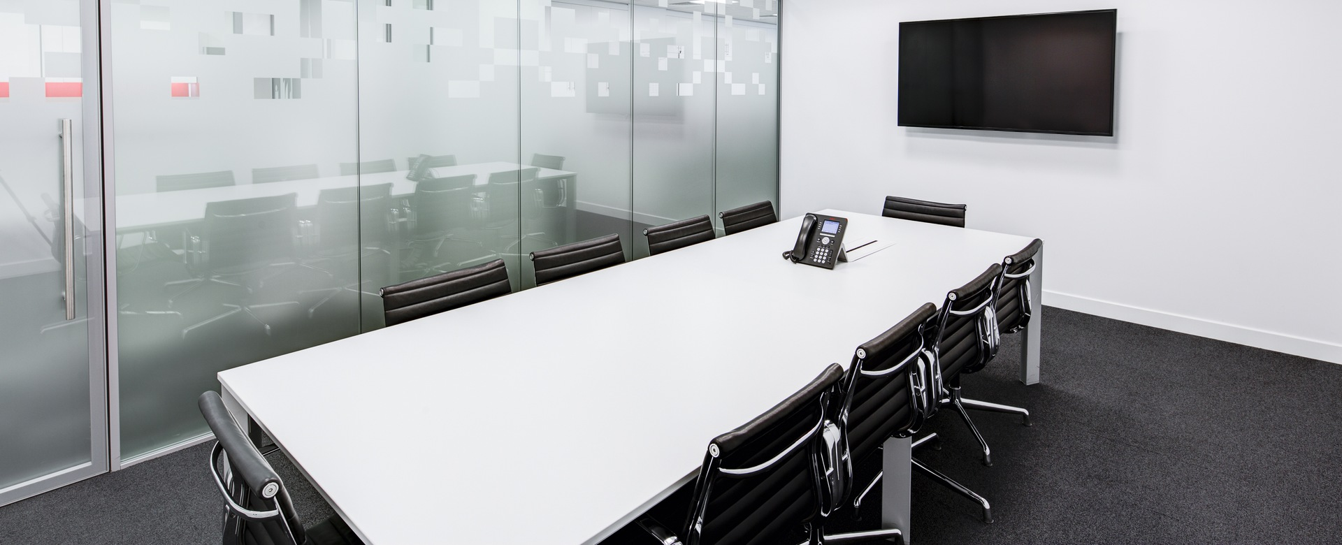 meeting-room-730679
